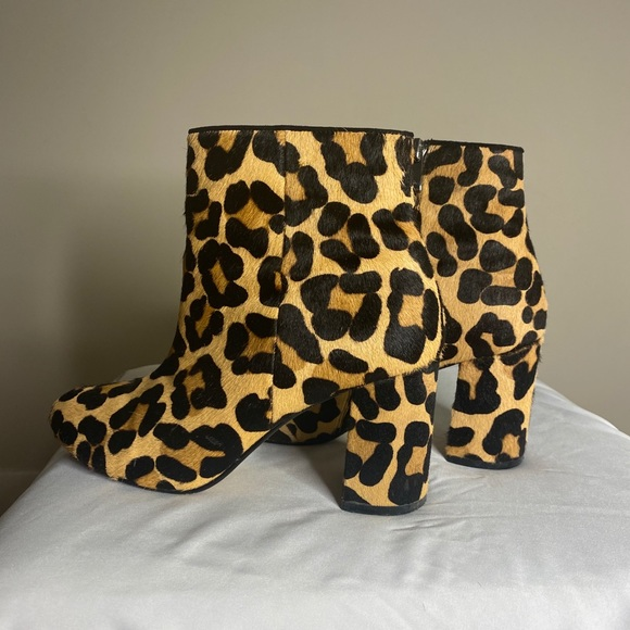 Town Shoes Cheetah Print Booties